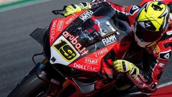 SBK: Riscossa Ducati nel warmup: 1° Bautista davanti a Rea