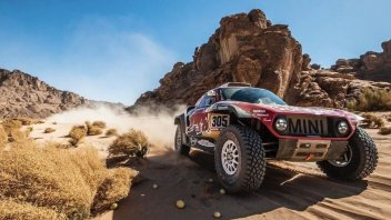 Dakar: AUTO: 3° tappa a Sainz, gran prova di Alonso
