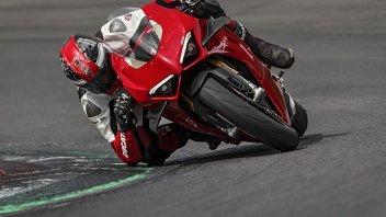 Moto - News: Ducati Panigale V4 2020: primo contatto tra i cordoli in Bahrain