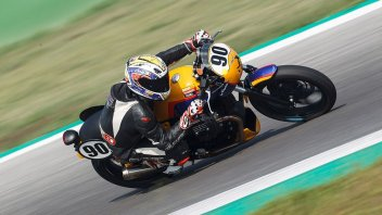 News: Moto Guzzi Fast Endurance: le moto del Trofeo in prova a Ortona