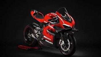 Moto - News: Ducati Panigale V4 Superleggera: tutte le foto della moto da sogno