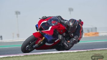 "Moto - Test: Test: Honda CBR 1000 RR-R - a revolution, ""bad"" to the bone…"