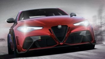 Auto - News: Alfa Romeo, ritorno al futuro con la Giulia GTA. 540CV su strada