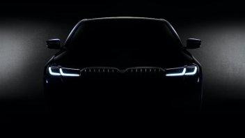 Auto - News: Ondata di novità per BMW, mercoledì presentazione di 3 nuovi modelli