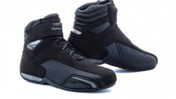 Moto - News: Stylmartin Vector Air, the summer shoe to wear on motorcycles and beyond