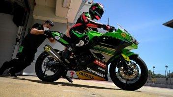 SBK: Barcelona: Ana Carrasco studies the MotoGP with Rins