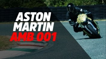 Moto - News: In pista la Aston Martin AMB001: pronta a sfidare la Ducati Superleggera