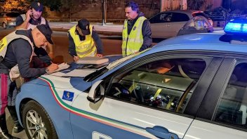 """Auto - News: RECORD - Guida in stato di ebbrezza: a Roma, un """"bel"""" 10,74"""
