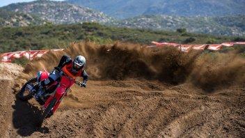 Moto - News: Honda CRF450R 2021: tutta nuova, caratteristiche tecniche e foto