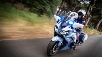 Moto - News: Yamaha: la FJR1300AE per la Polizia Di Stato