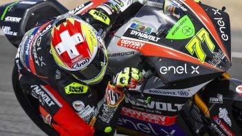 MotoE: Aegerter domina a Jerez. Ferrari sbaglia e cade
