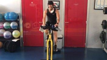 MotoGP: Andrea Dovizioso già in sella (della cyclette) dopo l'operazione