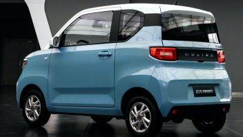 Auto - News: Hongguang Mini EV: l'auto elettrica cinese (e GM) a soli 3.500 euro
