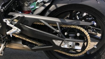 Moto - News: BMW: la catena a zero manutenzione (meglio del cardano?). Ecco il prezzo