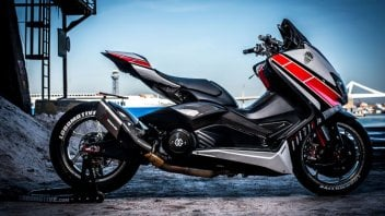 Moto - Scooter: Il T-Max che voleva essere una R1 da SBK con freni da MotoGP