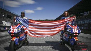Moto2: John Hopkins showed Joe Roberts how to perform a wheelie on a Moto2