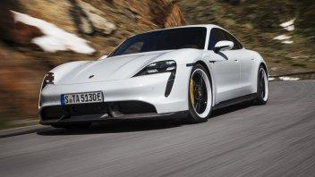 Auto - News: Porsche Taycan: arrivano 400 dipendenti Audi per soddisfare la domanda