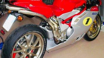 Moto - News: MV Agusta F4 Ago: in vendita su Facebook quella di Giacomo Agostini?