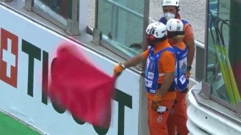 Moto2: Pioggia a Misano, gara interrotta in Moto2