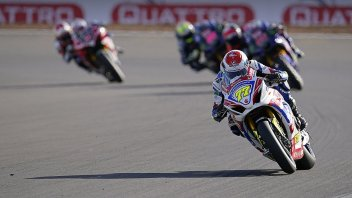 SBK: BSB, Ryde and Mackenzie dominate at Silverstone, bad weekend for Ducati