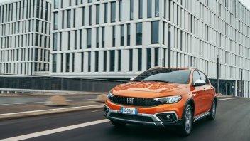 Auto - News: Fiat Tipo my2021, con il restyling, arriva anche la Cross - caratteristiche e foto