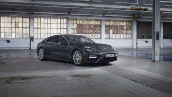 Auto - News: Porsche Panamera: tre anime per la coupé quattro porte da 700 CV- foto e prezzi