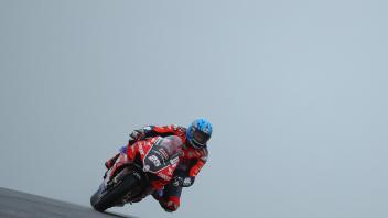 SBK: BSB, Brookes quattro stagioni a Donington, le Ducati volano sul bagnato