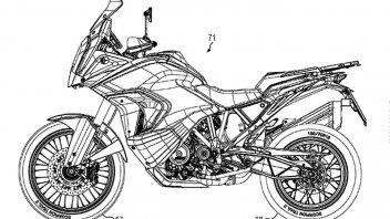 Moto - News: KTM 1290 Super Adventure: svelata in un brevetto la versione 2021