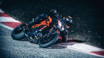"""Moto - News: KTM 1290 Super Duke RR: sta per arrivare la versione più cattiva della """"bestia"""""""