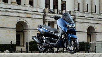 Moto - Scooter: Yamaha: nuovi NMAX e D'elight, Euro 5 per i Tricity. Foto e caratteristiche