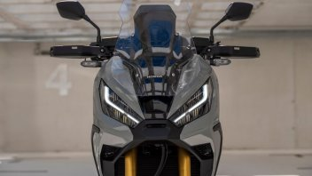 Moto - Scooter: Honda X-ADV 750 my2021: il maxiscooter come lo vorresti - caratteristiche