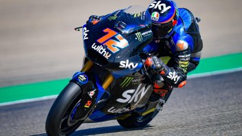 Moto2: Valencia: Bezzecchi trionfa, Lowes si suicida, Bastianini in testa al Mondiale