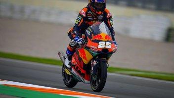 Moto3: A Valencia vince Fernandez, bandiera nera per Arenas, Ogura a -3