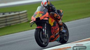 MotoGP: Pol Espargarò 1° regala la pole alla KTM a Valencia. Dovizioso 12°, Rossi 18°