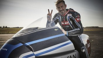 News: Max Biaggi at 408 Km/h on the electric Voxan: 11 records achieved