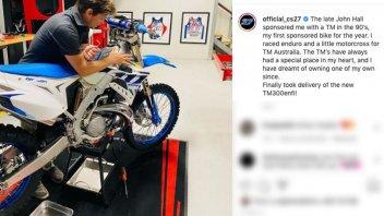 MotoGP: Casey Stoner e quella TM che ha sempre avuto nel cuore: ora è sua!