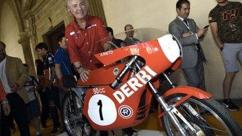 """MotoGP: La vita di Angel Nieto diventa un film: """"un omaggio alla sua carriera"""""""