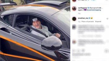 SBK: Carl Fogarty ha fretta di fare shopping con la sua nuova McLaren 620 R!