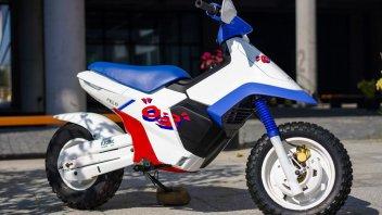 Moto - Scooter: HYT Moto FW-03: lo scooter elettrico che ricorda l'Honda CUB EZ-9