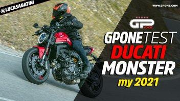 Moto - Test: Prova video Ducati Monster 2021: come va il mostro senza il telaio a traliccio