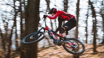 News: THOK TK01 R: la nuova e-Enduro per i biker più esigenti