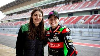 SBK: Kawasaki sempre più rosa con Ana Carrasco e la team manager Carla Grau Pi