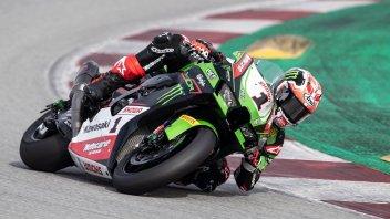SBK: Mucchio selvaggio nei test di Barcellona: la spuntano Rea e la Kawasaki