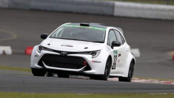 Auto - News: Toyota, la prima con motore a combustione interna ad idrogeno in gara