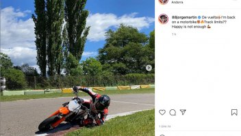 MotoGP: Martin rubs his elbow on the grass. But the Ducati will have to wait