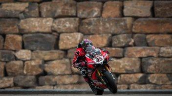 SBK: Redding rischia e porta la Ducati al trionfo nella roulette di Aragon!