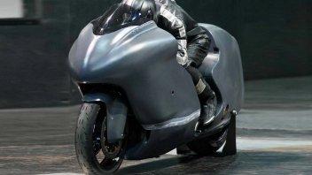Moto - News: Guy Martin e la Suzuki Hayabusa da 860 CV pronti a volare oltre i 482 km/h