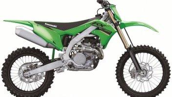 "Moto - News: Kawasaki KX250 e KX450 2022: svelate le versioni delle motocross ""verdi"""