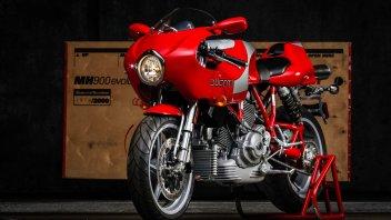Moto - News: All'asta una Ducati MH900: il gioiello da sogno dedicato a Mike Hailwood