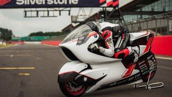 Moto - News: White Motorcycle Concepts: l'elettrica per battere il record di Biaggi